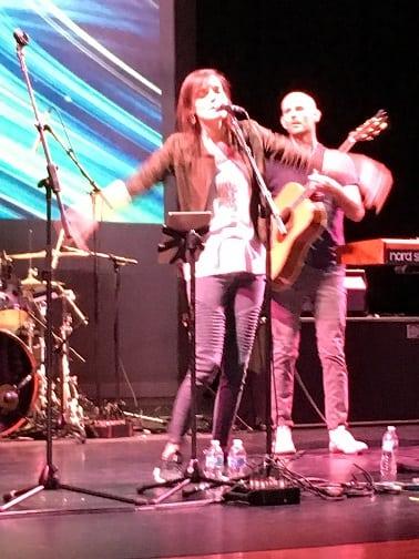 20180928 RISEUP band and Sarah Kroger shrunk